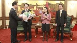 Bộ Ngoại giao trao tặng Kỷ niệm chương cho cá nhân và tập thể thuộc Bộ Kế hoạch và Đầu tư