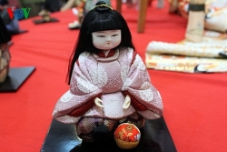 traditional japanese dolls exhibition comes back to ha noi after 7 years