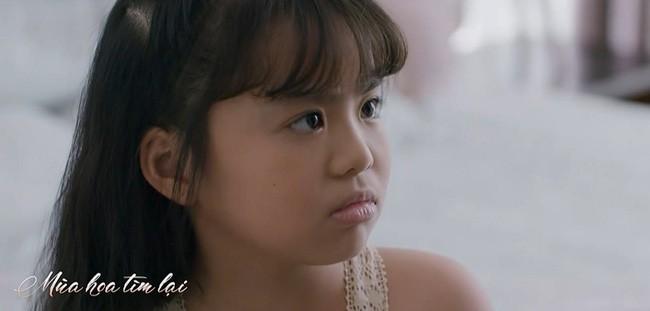 Mùa hoa tìm lại tập 20: Hé lộ con gái Đồng bị kìm kẹp, Lệ 'bóc mẽ' anh hàng xóm