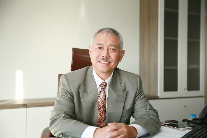 GS. Trương Nguyện Thành: Sao cha mẹ lại bắt con 'trả nợ' cho cuộc đời mình?