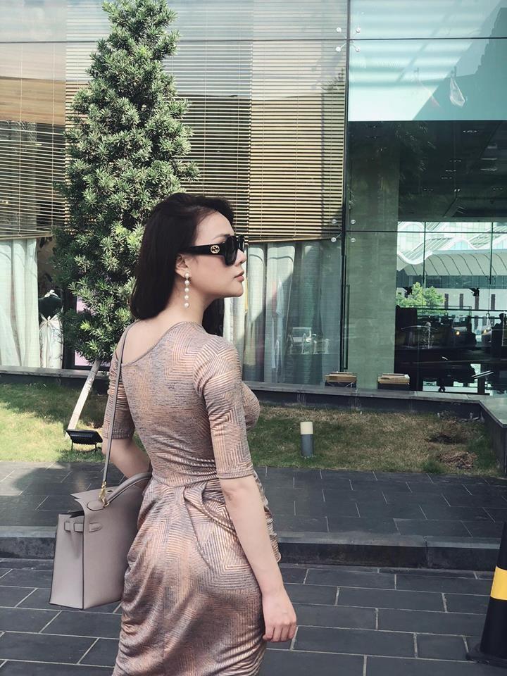 Thổn thức với gu thời trang của Phương Oanh phim Hương vị tình thân