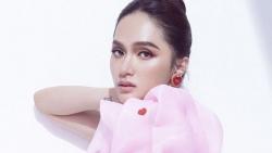 Sau sự cố với antifan, Hương Giang sẽ không xuất hiện tại chương trình Hoa hậu Việt Nam 2020