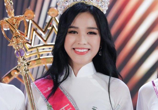 Hoa hậu Đỗ Thị Hà trải lòng trước những thông tin tiêu cực trên mạng xã hội